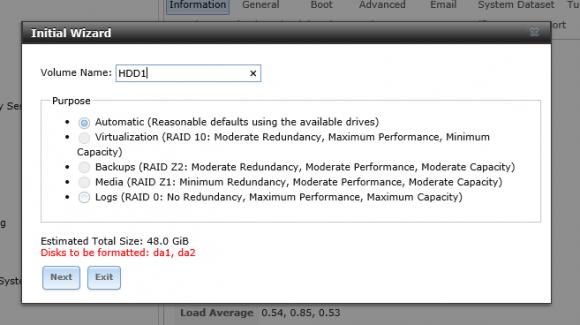 Name und RAID-Level für das Volume festlegen
