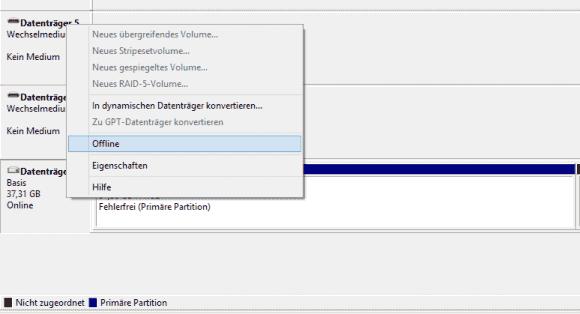Im ersten Schritt muss der Datenträger am Host offline genommen werden.