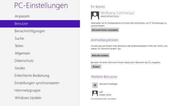 Die Verknüpfung eines Domänen-Accounts mit einem Microsoft-Konto erfolgt über die App PC-Einstellungen.