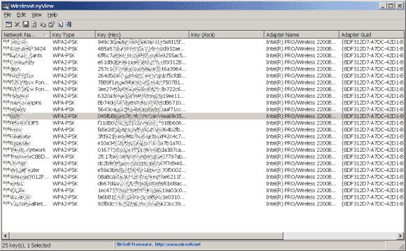 WirelessKeyView liest alle WLAN-Schlüssel automatisch aus, kann sie unter XP aber nur im Hex-Format anzeigen.
