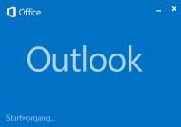 Outlook 2013 Splash Screen