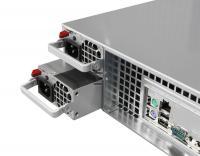 Thomas-Krenn OSS Basic - Die zwei SSDs der Basisausstattung sind von der Rückseite her zugänglich.